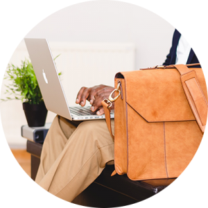 macbook-748857_1920-2